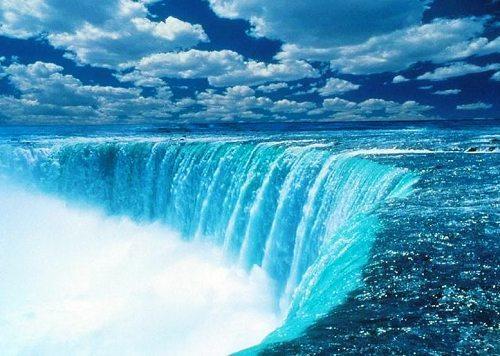 (6),天涯海角:在海南岛的最南端,是一处令人神往的游览胜地.